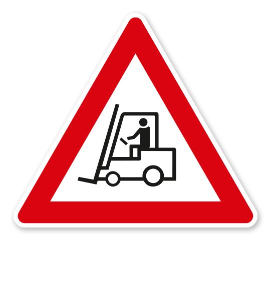 Verkehrsschild Achtung Werksverkehr