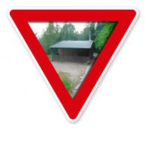 Verkehrsschild Grillhütte