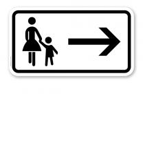 Zusatzschild Fußgänger Gehweg rechts gegenüber benutzen – Verkehrsschild VZ 1000-22