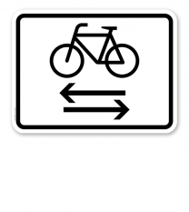 Zusatzschild Kreuzender Radverkehr von links und rechts – Verkehrsschild VZ 1000-32