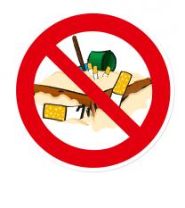 Verbotszeichen Rauchen auf dem Spielplatz / Zigaretten im Sand verboten