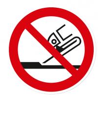 Verbotszeichen Nicht zulässig für Seitenschleifen nach DIN EN ISO 7010 - P 032